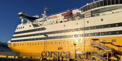 Corsica Ferries dona 600 libri dedicati all'ecologia e all'ambiente alle scuole