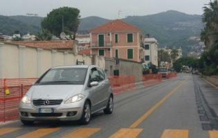 A Laigueglia si eliminano le barriere architettoniche sull'Aurelia