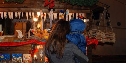 Il mercatino di Natale accende Laigueglia per le feste