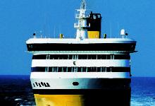 """Sulle navi gialle la tariffa speciale """"10.000 posti auto a 10 euro"""""""