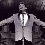 Il Teatro Ariston intitolato a Domenico Modugno? Tutti favorevoli